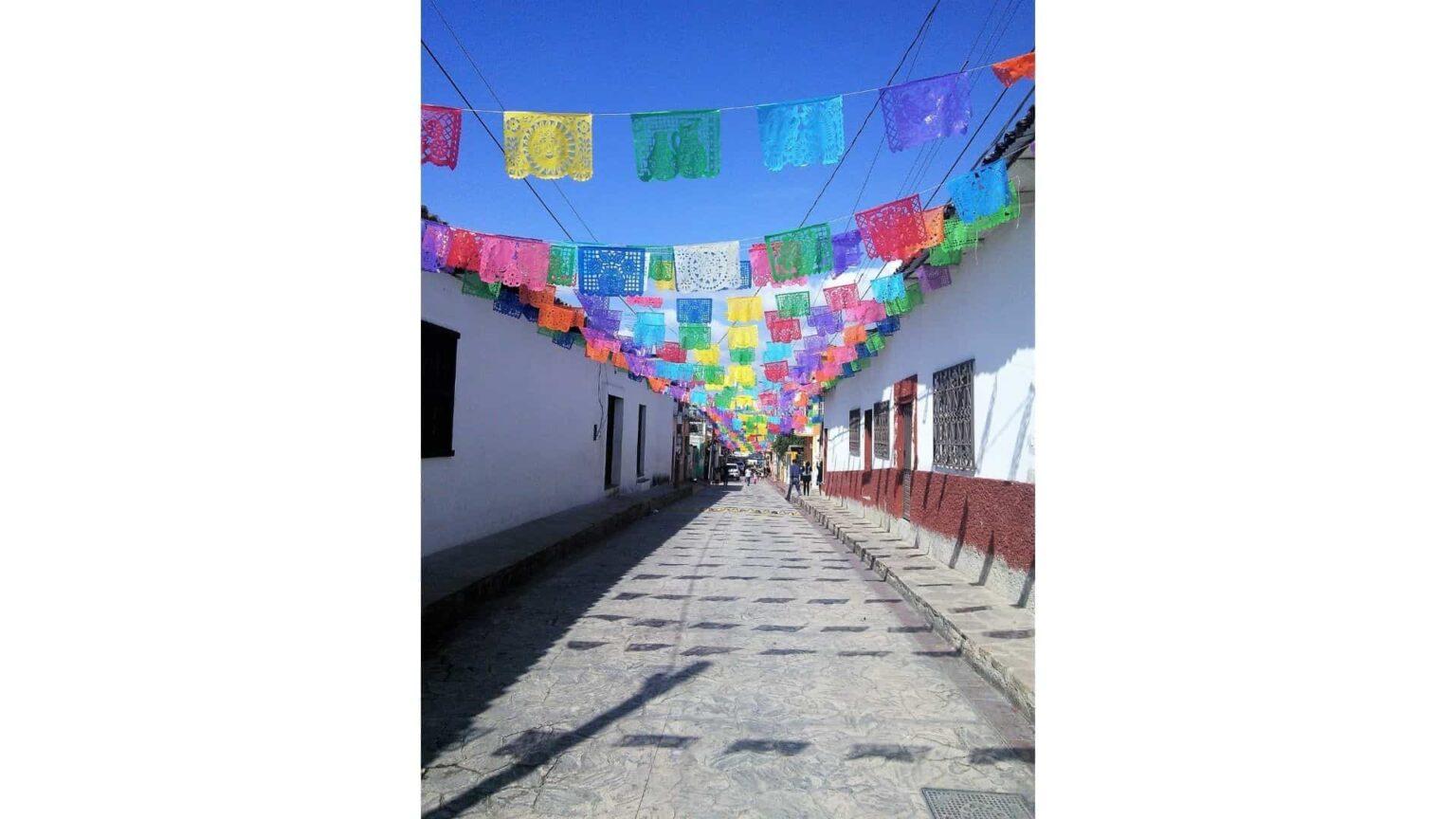 galerie photos voyage Mexique, rue décorée de Chiapa de Corzo